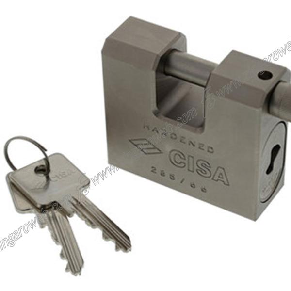 LUCCHETTO MONOBLOCCO ACCIAIO RETTAGOLARE 66-75-84 mm. prodotto da CISA