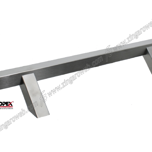 MANIGLIONE BOSTON QUADRO ZANCATO INTERASSE 500 DA 660x65 mm. INOX AISI304 SATINATO prodotto da REGUITTI INOX